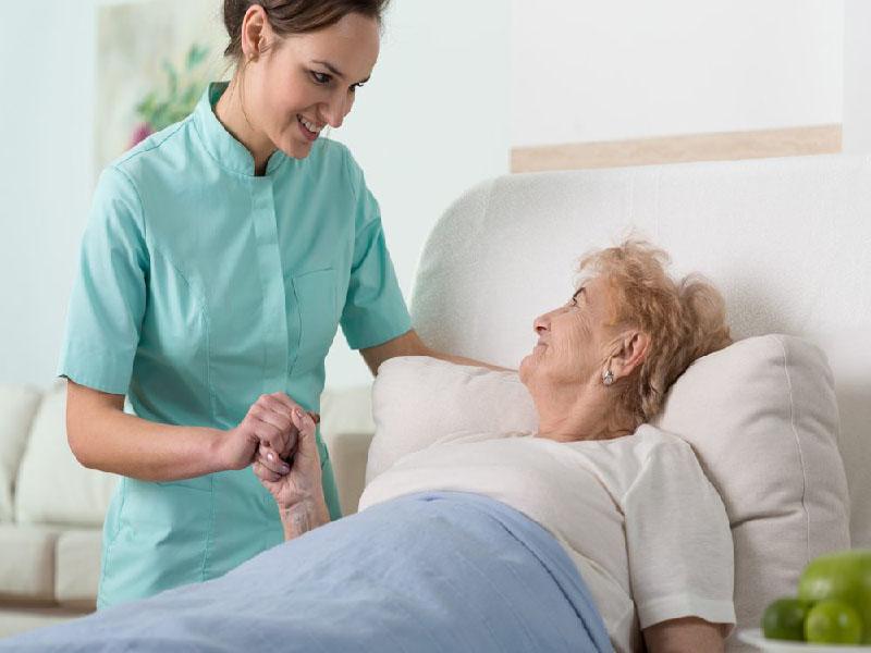¿Cómo evitar complicaciones tras una cirugía? El cuidador de enfermos
