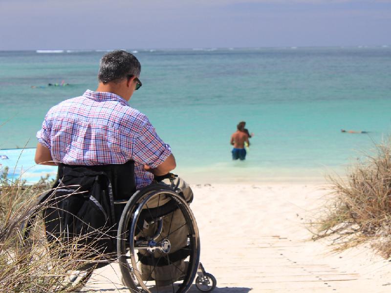 Cómo escoger una silla de ruedas adecuada