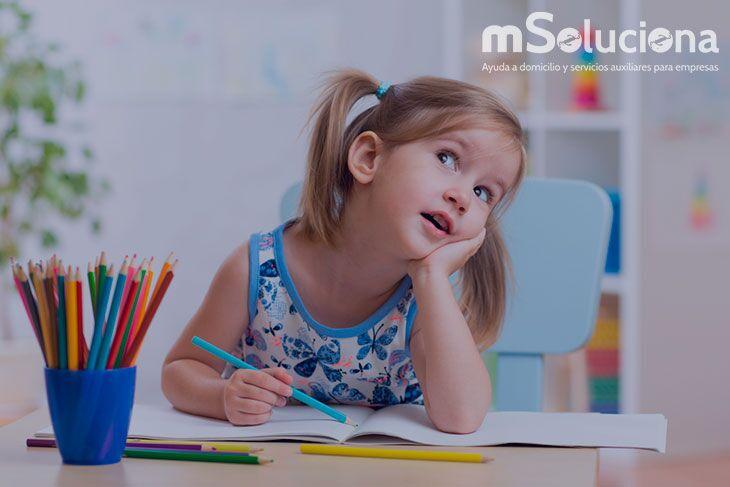 Niñera durante el curso escolar: Ventajas de contar con ella