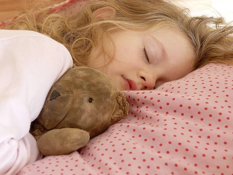 Por qué es bueno que lo niños duerman la siesta