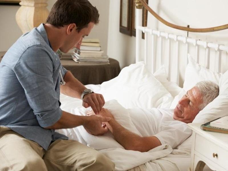 ¿Qué es el síndrome del cuidador quemado? Síntomas y soluciones
